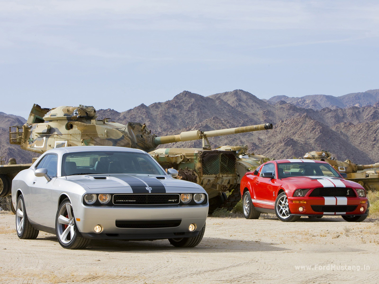 2008 Dodge Charger Vs Ford Mustang