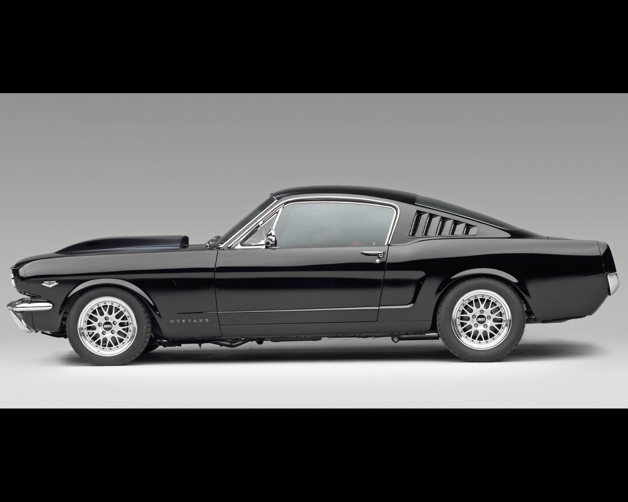 Ford mustang 65 wallpaper