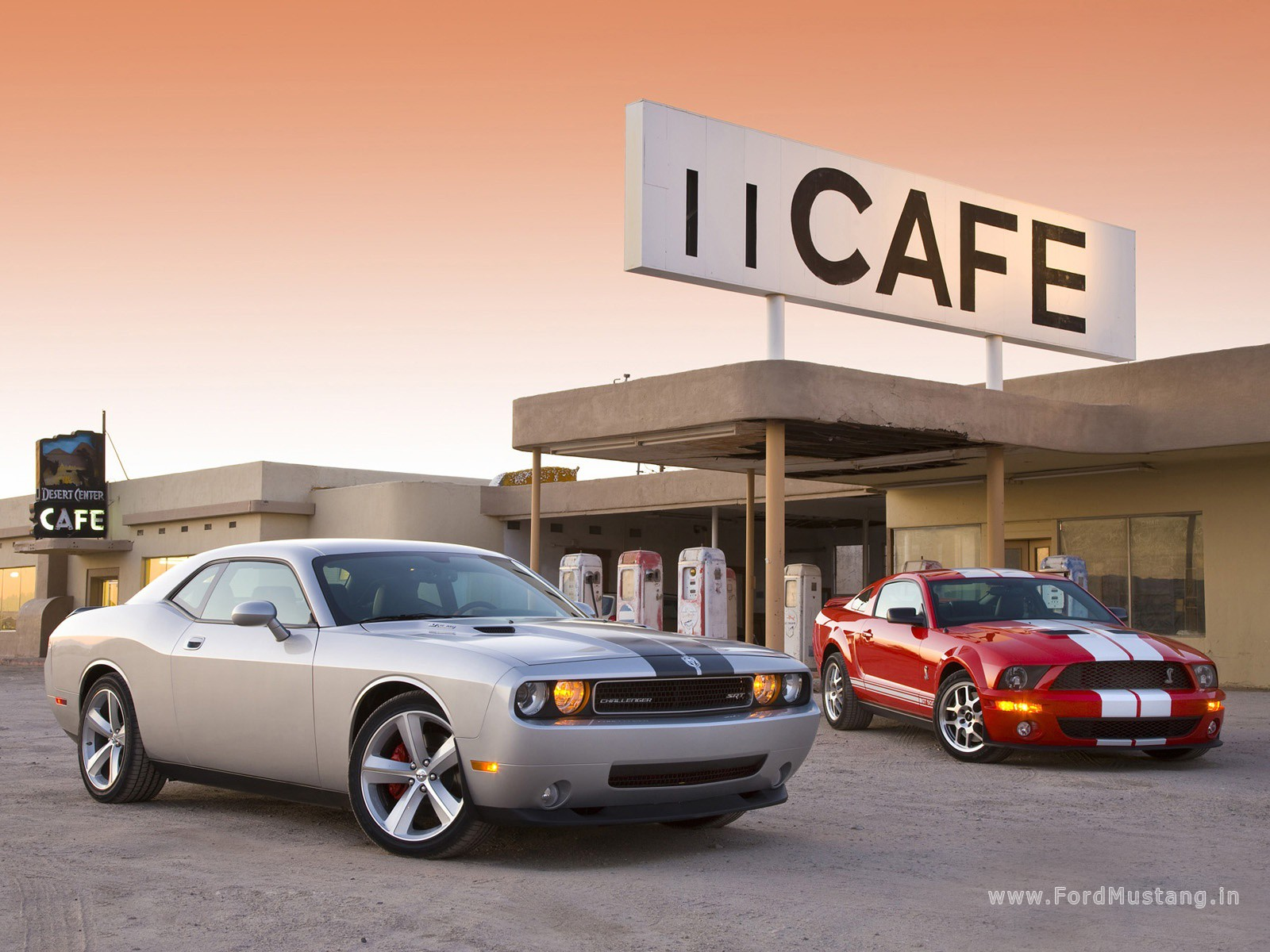 Dodge Challenger Srt8 2008 Vs Ford Mustang Shelby Gt500